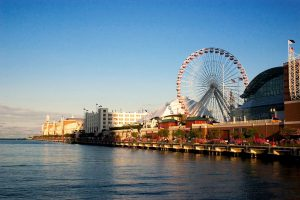 1024px-Navy_Pier_from_the_shoreline-1024x683